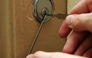 Door locks Prestwich